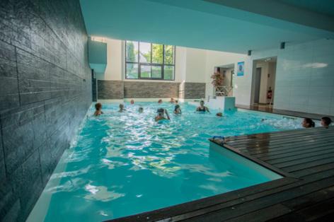 5-piscinecouverte-pyrenevasion-sazos-HautesPyrenees.jpg