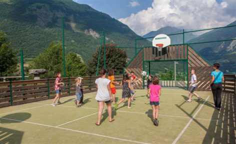 7-citystade-pyrenevasion-sazos-HautesPyrenees.jpg