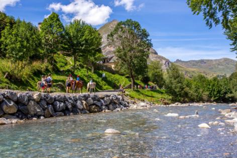 9-riviere-pyrenevasion-sazos-HautesPyrenees.jpg