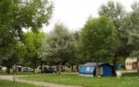 1-emplacements-campinglespeupliers-laubalagnas-HautesPyrenees--2-.jpg