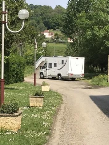 1-CampingDeLMonVillage--Tournay.jpg