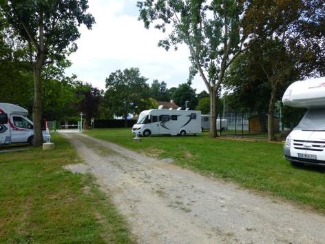 5-CampingDeLMonVillage--TournayP1060178.JPG
