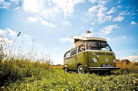 0-Camping-VW-Camper-web.jpg