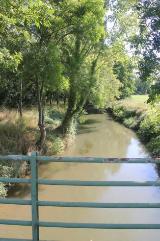 0-3.-pont-sur-le-Louet.jpg