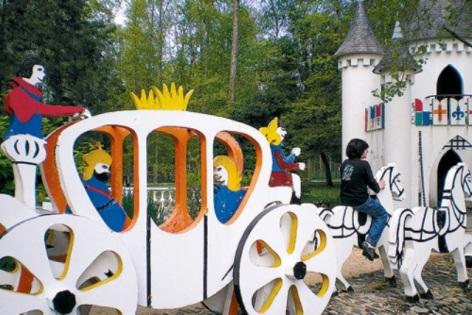 0-Parc-de-loisirs-Le-Demi-Lune---chateau.jpg