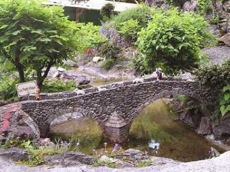 3-Petit-Lourdes-2.jpg