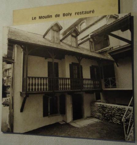 0-Lourdes-Moulin-de-Boly-restaure.JPG