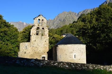 1-Chapelle-Templiers-Aragnouet.jpg