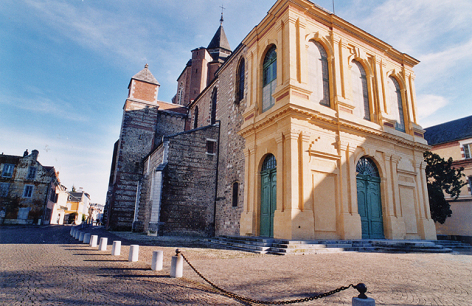0-3-Cathedrale-2-photo-Mairie-de-Tarbes-2.jpg