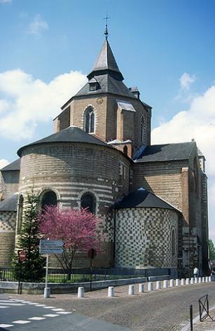 1-Cathe-drale-photo-Mairie-de-Tarbes.jpg