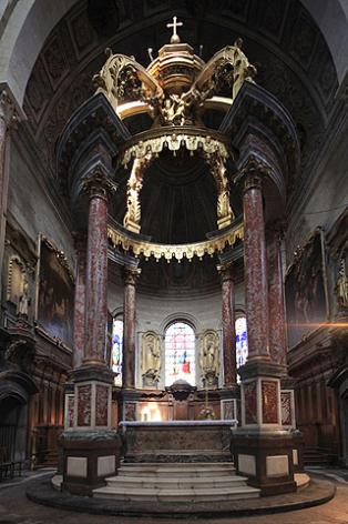 2-Cathedrale-Notre-Dame-de-la-Sede--20-copyright-pixbynot.com.jpg