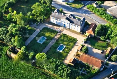 25-ChateauDeGarderes-DavidLiagre-VUE-DU-CIEL.jpg