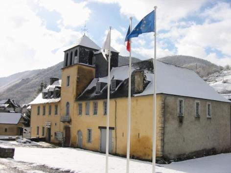 0-Chateau-des-Nestes---OT-Arreau--2-.JPG
