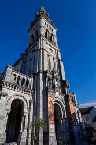 2-Lourdes-Eglise-paroissiale-exterieur.jpg