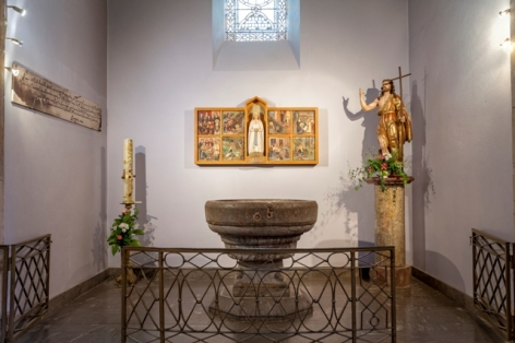 3-Lourdes-Fonds-baptismaux-eglise-paroissiale.jpg