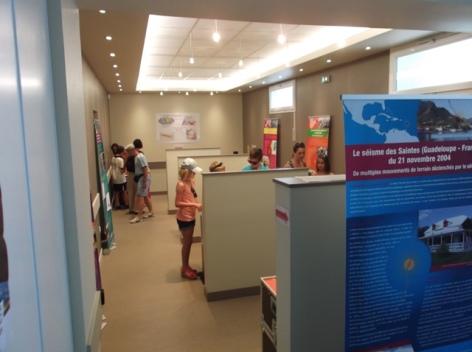 2-Espace-museographique-M-Maison-de-la-Connaissance-du-Risque-Sismique.JPG