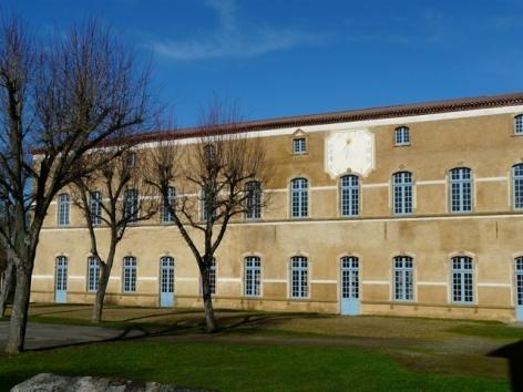 1-Abbaye-de-Saint-Sever-de-Rustan---Aile-aux-moines--24-.JPG