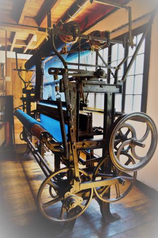 1-machine1-lacarde-esquiezesere-HautesPyrenees.jpg