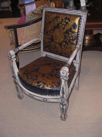4-Abondance-chair-1.jpg