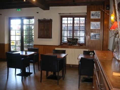 3-castera-restaurant--5-.jpg