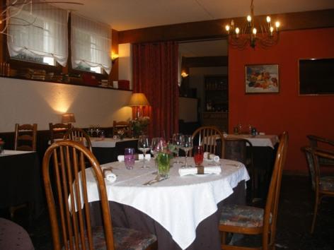 6-castera-restaurant--2-.jpg