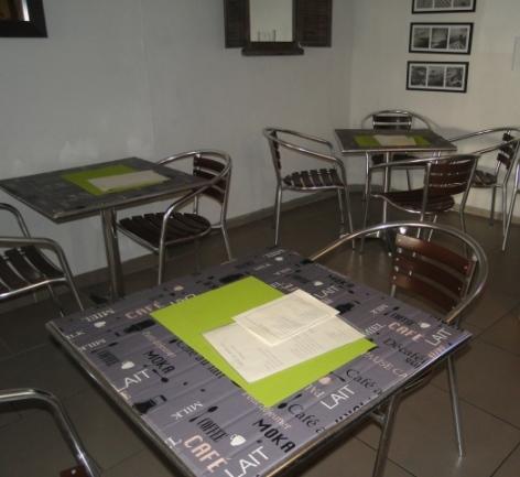 1-Snack-restaurzant-Bio-Cyber-Cafe-Arobase-65.JPG