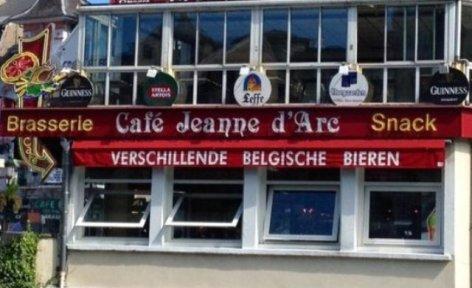 0-Lourdes-Cafe-Jeanne-d-Arc.jpg