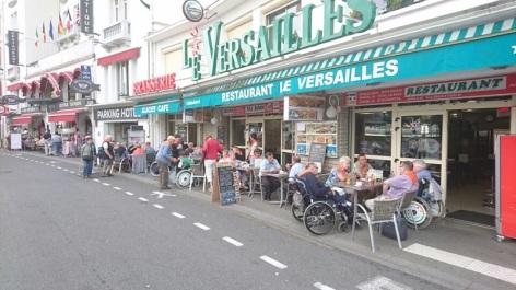 0-Brasserie-le-Versailles---devanture.JPG