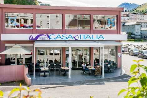 0-Lourdes-restaurant-Casa-Italia-1.jpg