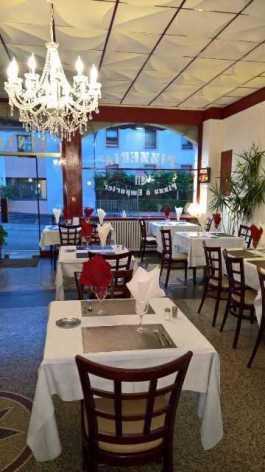 1-Lourdes-restaurant-Hotel-Ocean-2.jpg