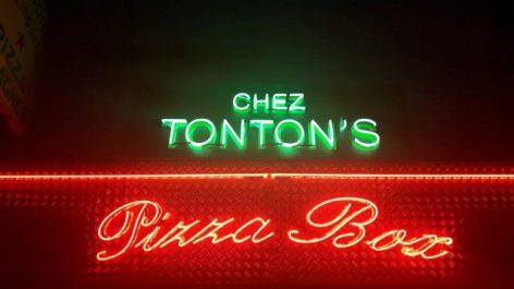0-Lourdes-chez-Tonton-s-Pizza-Box.jpg