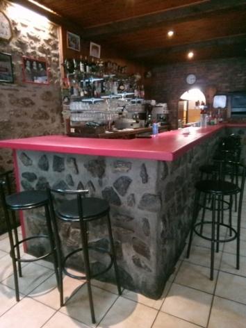 2-Lourdes-restaurant-Le-Seven-3.jpg