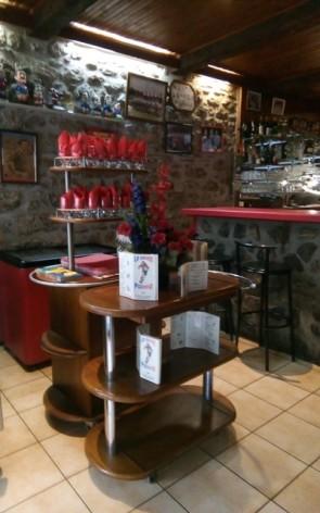 5-Lourdes-restaurant-Le-Seven-6.jpg