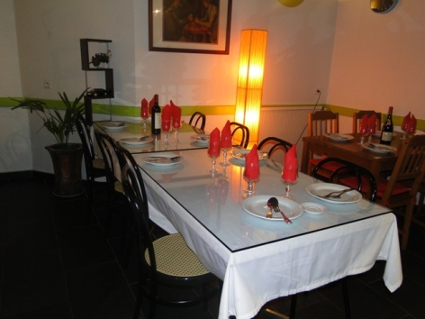 2-Lourdes-salle-restaurant-Le-Comptoir-d-Asie.JPG