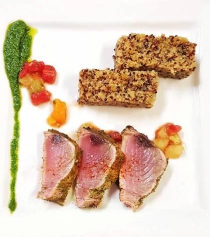 4-tataki-de-thon-rouge-Risotto-de-quinoa-et-amaranteversion-web.jpg