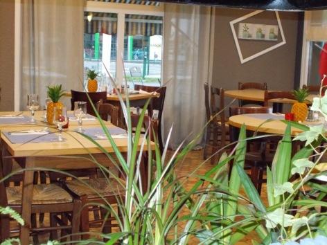 1-Restaurant-2-3.JPG