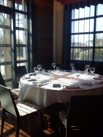 8-Table-Gastro.jpg