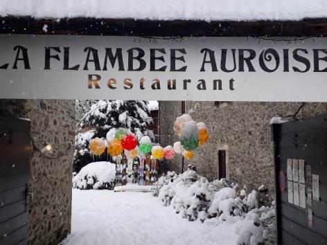 2-flambee-auroise-entree-resto-WEB.jpg