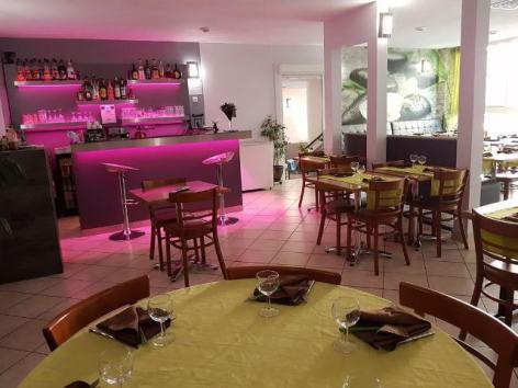 1-Restaurant-Chez-Ly.jpg