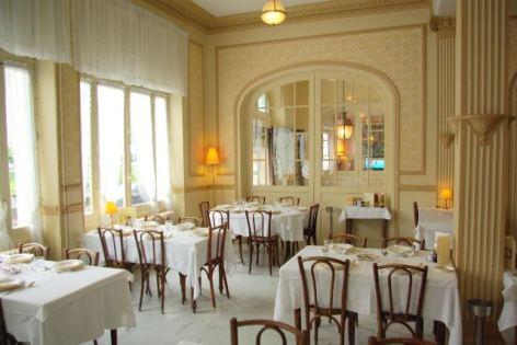 1-Lourdes-Hotel-restaurant-Le-Napoleon.jpg