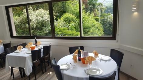 1-Lourdes-restaurant-hotel-Compostelle-1.jpg