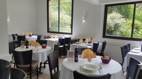 3-Lourdes-restaurant-hotel-Compostelle-3.jpg