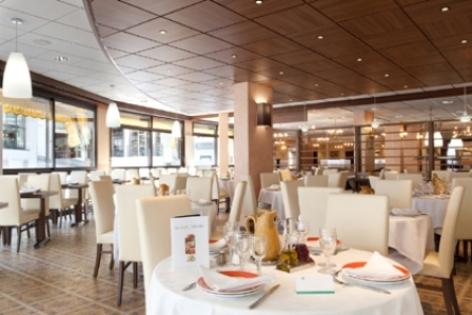 0-Lourdes-restaurant-Le-Carrousel.jpg