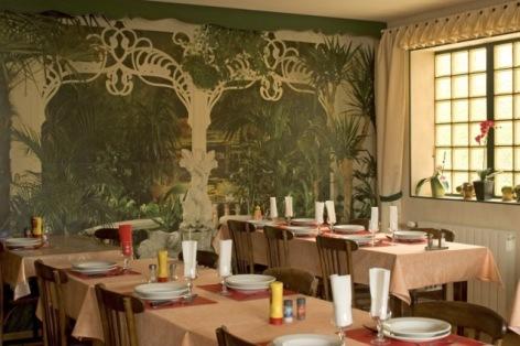 4-Cafe-Hotel-de-la-Gare-Pierrefitte-Nestalas-1-2.jpg