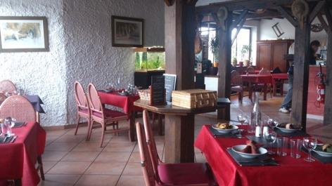 5-Salle-Restaurant-4.jpg