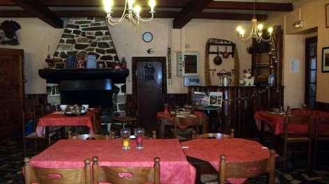 1-restaurant02.JPG