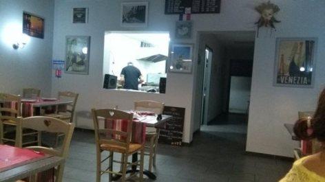 2-RestaurantLeCaprice-Salle.jpg