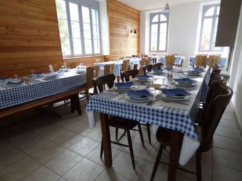 2-Salle-restaurant-Chalet-Hotel-Oredon.jpeg