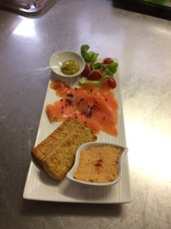 5-saumon-vin4-bareges-HautesPyrenees-2.jpg