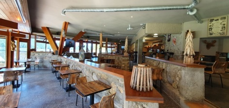 4-Arcoh-Payolle-restaurant-3.jpg
